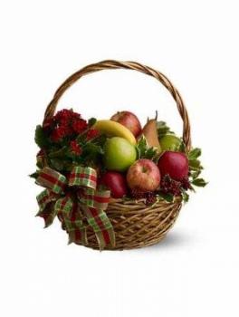 Корзина с фруктами и коланхое.